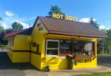 Bill's Hot Dog Stand